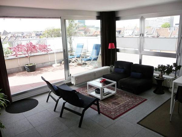 2 zimmer wohnung in luxus k ln vermietung 2 zimmer wohnungen kaufen und verkaufen ber private. Black Bedroom Furniture Sets. Home Design Ideas
