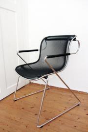 3 Stühle, stapelbar,