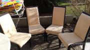 4 Stühlen