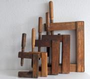 5 alte Holzschraubzwingen