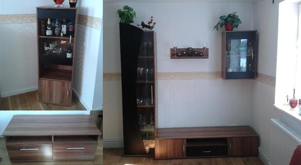 Wohnzimmer und Kamin wohnzimmer nussbaum schwarz : 6 Wohnzimmer-Möbel ) u.A. 2 Vitrinen, TV-Board, Lowboard ...