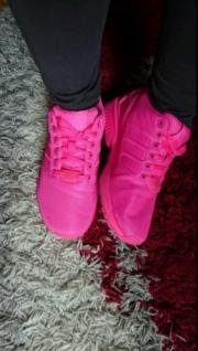 Adidas in Pink