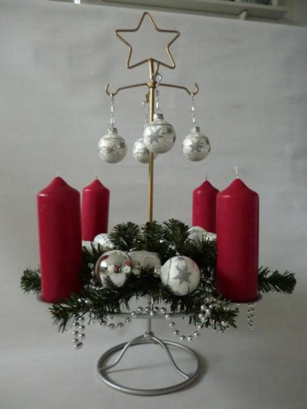 adventskranz weihnachtskranz mit metallst nder xxl in m nchen dekoartikel kaufen und verkaufen. Black Bedroom Furniture Sets. Home Design Ideas