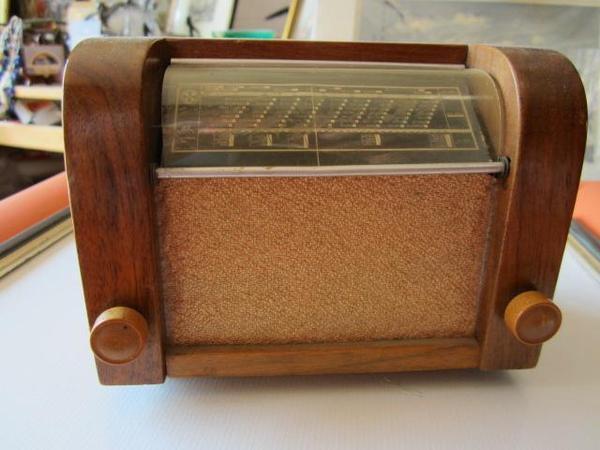 alte spieluhr radio zigarettenspender in waakirchen. Black Bedroom Furniture Sets. Home Design Ideas
