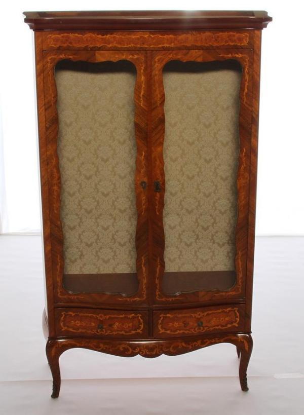 antike vitrine von marconi arte aus wurzelholz im barockstil in m nchen stilm bel bauernm bel. Black Bedroom Furniture Sets. Home Design Ideas