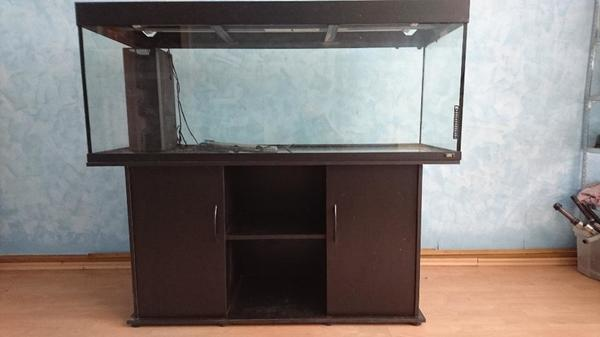 aquarium mit unterschrank in bruchsal fische aquaristik kaufen und verkaufen ber private. Black Bedroom Furniture Sets. Home Design Ideas