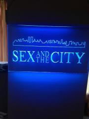 Attraktive Leuchttafel SEX
