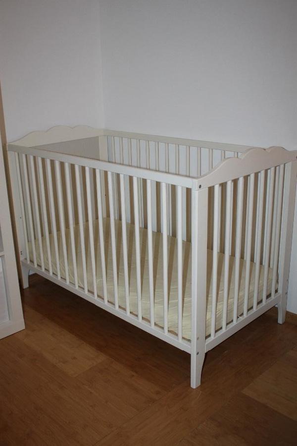 bett ikea kleinanzeigen baby kinderartikel. Black Bedroom Furniture Sets. Home Design Ideas