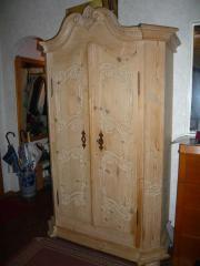 dielenschrank massivholz kaufen gebraucht und g nstig. Black Bedroom Furniture Sets. Home Design Ideas