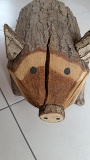 Braves Holz Schwein