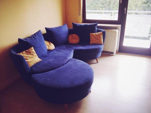 couch halbrund blau mit hocker in weinheim polster sessel couch kaufen und verkaufen ber. Black Bedroom Furniture Sets. Home Design Ideas
