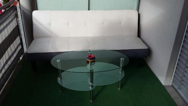 couch sofa und glas tisch in frastanz couchtische kaufen und verkaufen ber private kleinanzeigen. Black Bedroom Furniture Sets. Home Design Ideas
