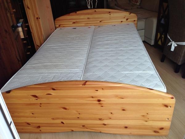 doppelbett massivholz neu und gebraucht kaufen bei. Black Bedroom Furniture Sets. Home Design Ideas
