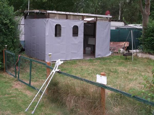 dauercampingplatz mit wohnwagen in weiden ferienhaus. Black Bedroom Furniture Sets. Home Design Ideas