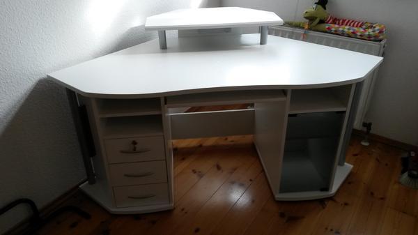 eckschreibtisch weiss in leutenbach computerm bel kaufen und verkaufen ber private kleinanzeigen. Black Bedroom Furniture Sets. Home Design Ideas