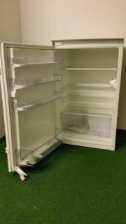 Einbaukühlschrank, Schlepptürentechnik ohne