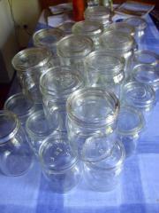 Einmachgläser, Flaschen, Rillengläser