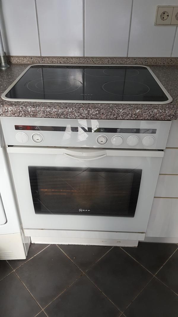 elektroherd mit cerankochfeld in stuttgart k chenherde grill mikrowelle kaufen und verkaufen. Black Bedroom Furniture Sets. Home Design Ideas