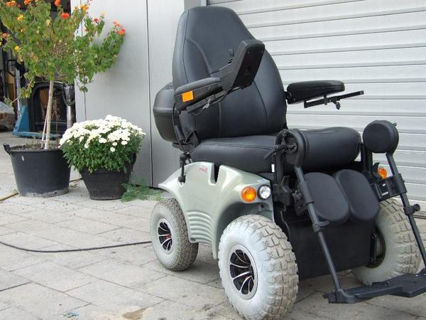 elektrorollstuhl meyra optimus 2s 15 km h in hagenbach medizinische hilfsmittel rollst hle. Black Bedroom Furniture Sets. Home Design Ideas