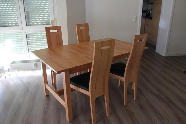 esstisch mit 4 st hlen in birkenfeld speisezimmer. Black Bedroom Furniture Sets. Home Design Ideas