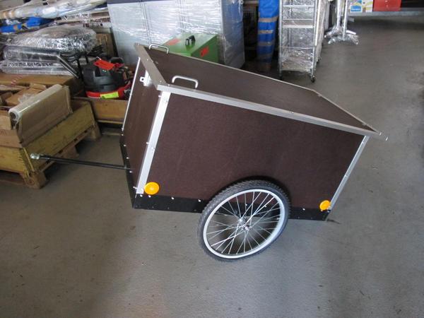 fahrradanh nger geschlossen in eislingen fahrradzubeh r teile kaufen und verkaufen ber. Black Bedroom Furniture Sets. Home Design Ideas