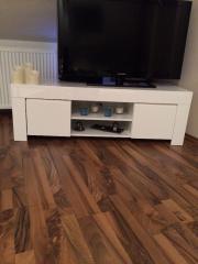 couchtisch hochglanz weiss in ludwigshafen haushalt m bel gebraucht und neu kaufen. Black Bedroom Furniture Sets. Home Design Ideas