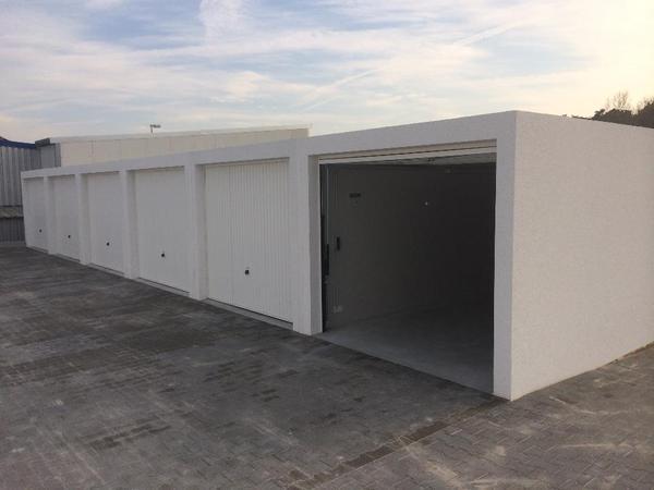 garage in hirschaid zu vermieten vermietung garagen abstellpl tze scheunen kaufen und. Black Bedroom Furniture Sets. Home Design Ideas