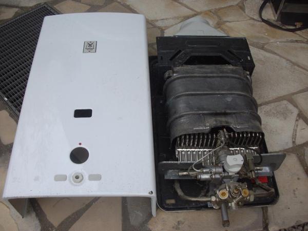 gasdurchlauferhitzer vaillant geyser mag 325 7 tzw h in speyer elektro heizungen. Black Bedroom Furniture Sets. Home Design Ideas