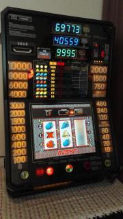 Geldspielautomat Triple Power