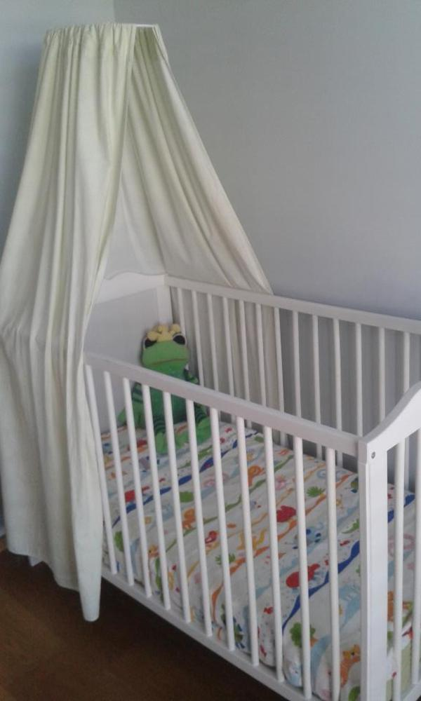 gitterbett babybett komplett in satteins wiegen babybetten reisebetten kaufen und. Black Bedroom Furniture Sets. Home Design Ideas