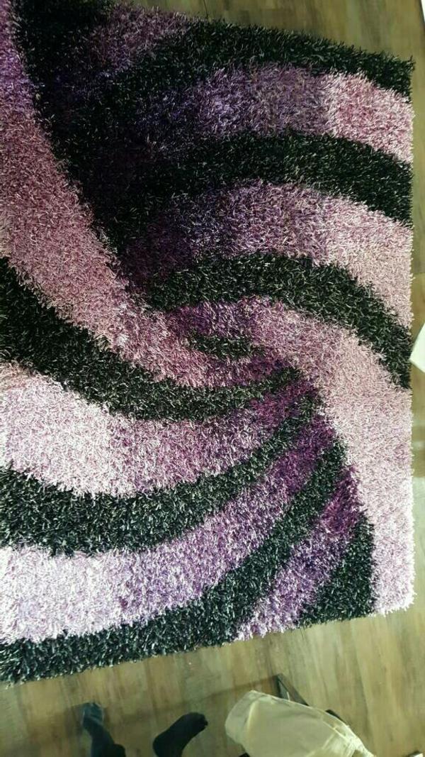 gro er langflor teppich lila schwarz neuwertig in stammham teppiche kaufen und verkaufen ber. Black Bedroom Furniture Sets. Home Design Ideas