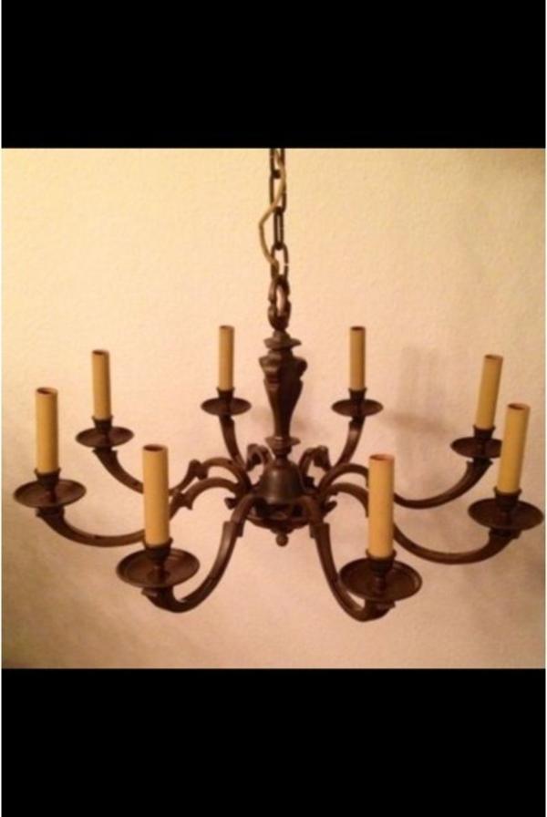 gro er metall kronleuchter antik in h rth lampen. Black Bedroom Furniture Sets. Home Design Ideas