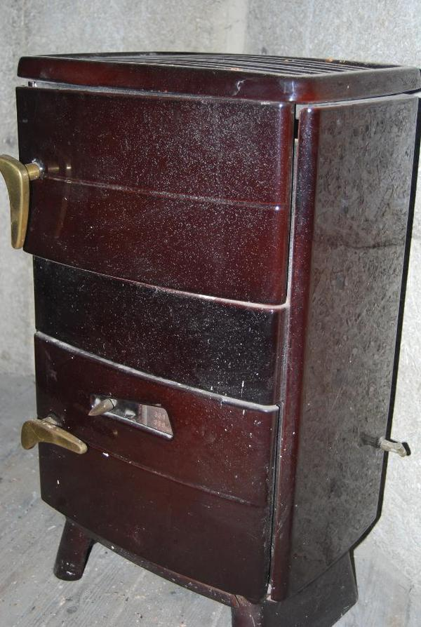 gusseisen ofen antik zimmer brenn ofen in m nchen fen. Black Bedroom Furniture Sets. Home Design Ideas