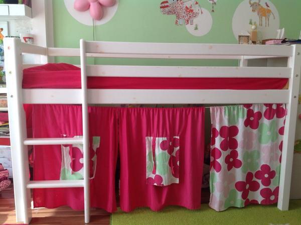 halbhohes bett kinderzimmer m bel in stuttgart betten kaufen und verkaufen ber private. Black Bedroom Furniture Sets. Home Design Ideas