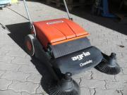 Handkehrmaschine von Agria