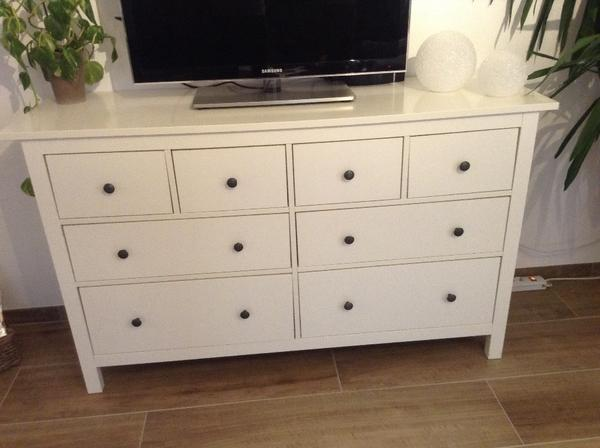 hemnes kommode mit 8 schubladen in ettlingen ikea m bel kaufen und verkaufen ber private. Black Bedroom Furniture Sets. Home Design Ideas