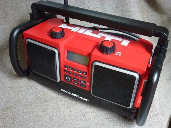 hilti baustellenradio outdoorradio verst rker ladeger t. Black Bedroom Furniture Sets. Home Design Ideas