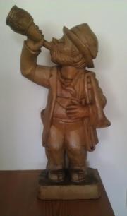 Holzfigur Der Säufer