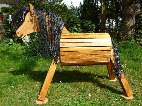 holzpferd holzpony voltigierpferd spielpferd pferd pony 85 cm wetterfest lasiert neu in roth. Black Bedroom Furniture Sets. Home Design Ideas