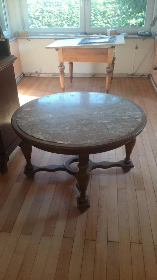 Holztisch rustikal kaufen gebraucht und g nstig for Holztisch gebraucht