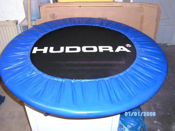 trampolin kleinanzeigen freizeit sport und reisen. Black Bedroom Furniture Sets. Home Design Ideas