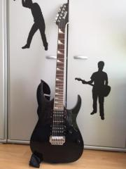 Ibanez E-Gitarre Verkaufe schwarze Ibanez E-Gitarre GRG 170. Die Ibanez E-Gitarre GRG 170 ist auch als Einstieger-E-Gitarre gut geeignet. Sie ist in sehr gutem ... 90,- D-63150Heusenstamm Heute, 07:41 Uhr, Heusenstamm - Ibanez E-Gitarre Verkaufe schwarze Ibanez E-Gitarre GRG 170. Die Ibanez E-Gitarre GRG 170 ist auch als Einstieger-E-Gitarre gut geeignet. Sie ist in sehr gutem