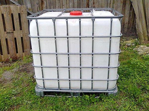 ibc container wassertank 1000 liter regenfass in pforzheim gartenger te rasenm her kaufen und. Black Bedroom Furniture Sets. Home Design Ideas