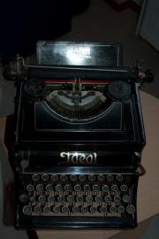 Ideal-Schreibmaschine von