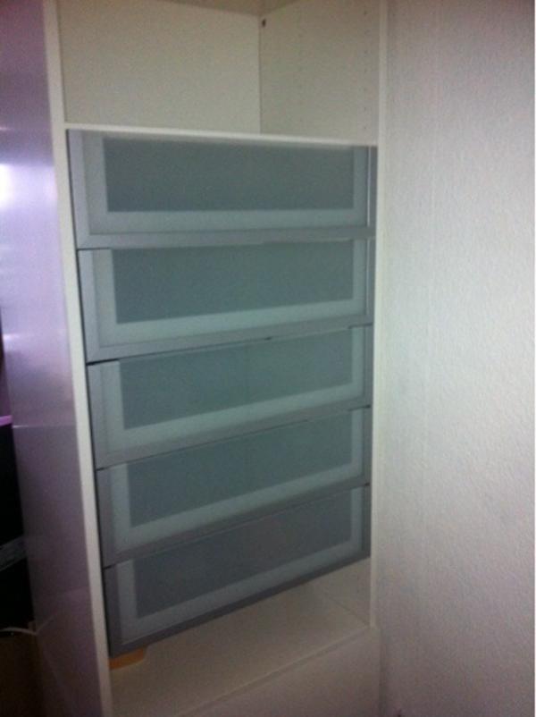 ikea besta inreda schubladenfronten in milchglasdesign in hamburg ikea m bel kaufen und. Black Bedroom Furniture Sets. Home Design Ideas
