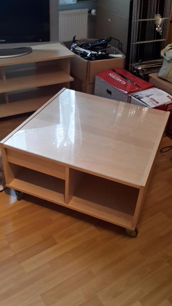 wohnzimmertisch ikea ikea stockholm couchtisch aus nussbaumfurnier cm. Black Bedroom Furniture Sets. Home Design Ideas