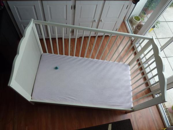 kinderbett kinderbett neu und gebraucht kaufen bei. Black Bedroom Furniture Sets. Home Design Ideas