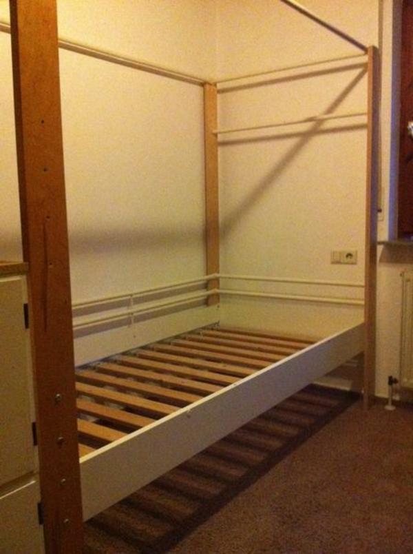 ikea hochbett verstellbar wei gut erhalten in wendlingen. Black Bedroom Furniture Sets. Home Design Ideas