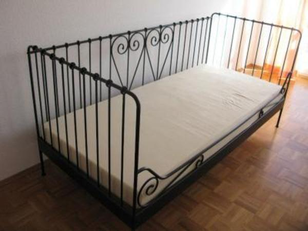ikea metall bett schwarz in worms ikea m bel kaufen und. Black Bedroom Furniture Sets. Home Design Ideas