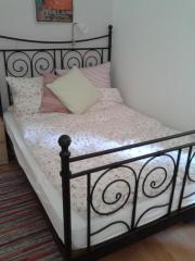 ikea bett 140x200 komplett abzugeben in mannheim betten kaufen und verkaufen ber private. Black Bedroom Furniture Sets. Home Design Ideas